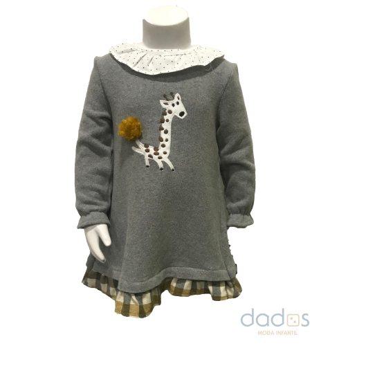 Coco Acqua vestido gris y cuadros jirafa