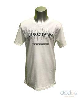 Cars Jeans camiseta blanca letras negras engomadas