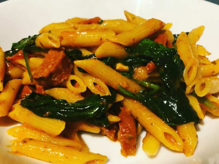 Chorizo, spinach and tomato Pasta with Red Pesto