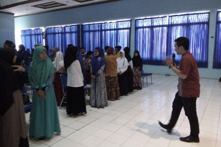 Talk at Universitas Muhammadiyah Sukabumi