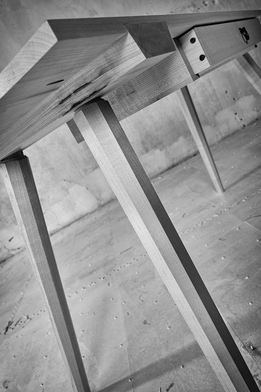 worktable_detail_ADB-L1010562A