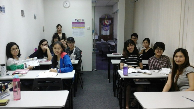 Teacher Ms HJ Oh and her students of Korean Language Class