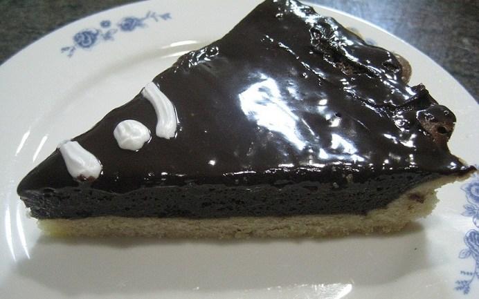 פאי שוקולד מושחת ונמס בפה