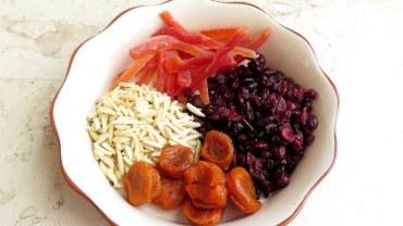 אורז גן עדן עם פירות מיובשים