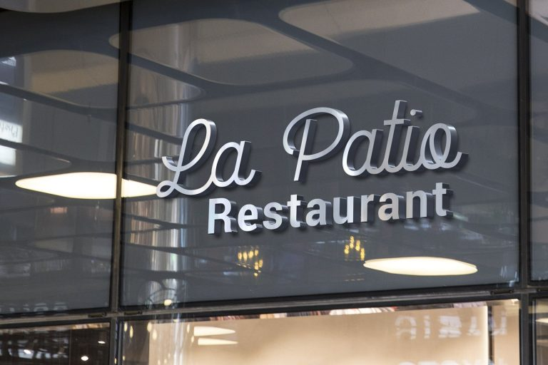 la-patio-script-font-3-768x512