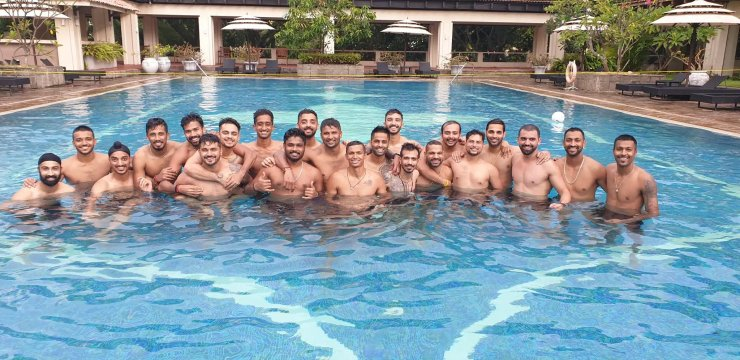 India players enjoy in swimming pool