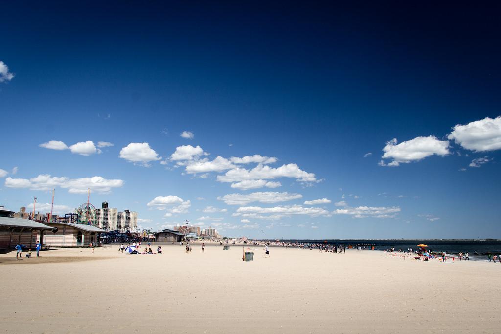 Plage de Coney Island.
