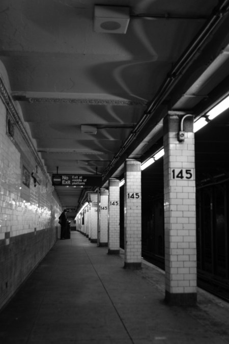 Quai du métro new-yorkais.