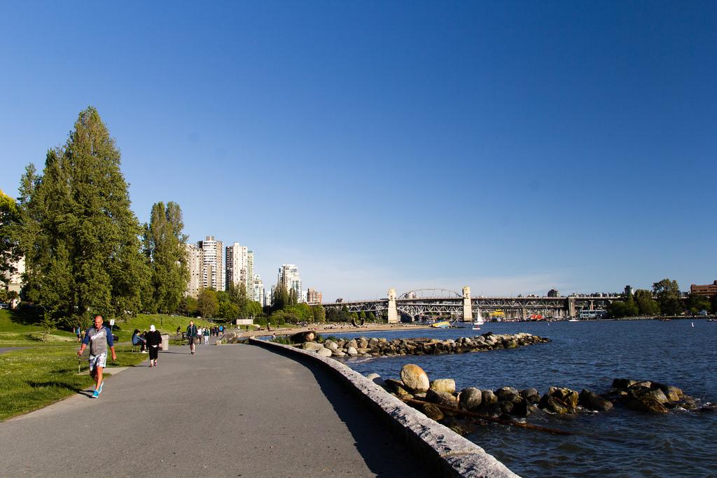 Balade le long des berges de Vancouver.