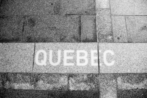 Québec au sol.