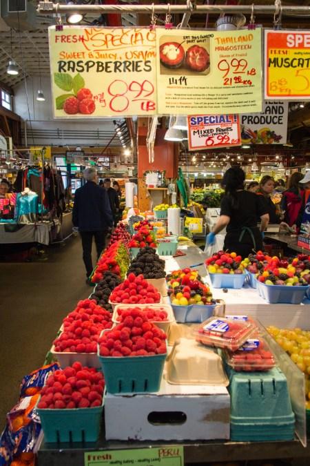 Primeurs du marché de Granville.