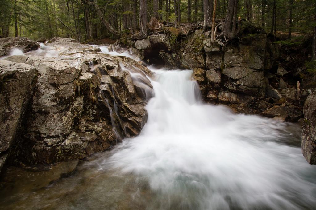 Rivière dans les White Mountains, en pose longue.