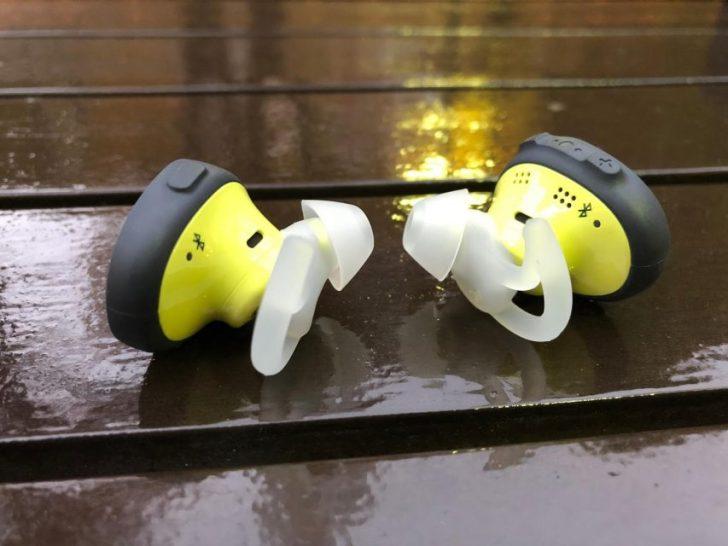 Bose SoundSport Free wireless headphones 完全ワイヤレスイヤホン ミッドナイトブルー/イエローシトロン本体裏側