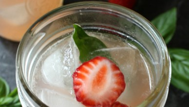 Strawberry Basil Lemonade with Vodka