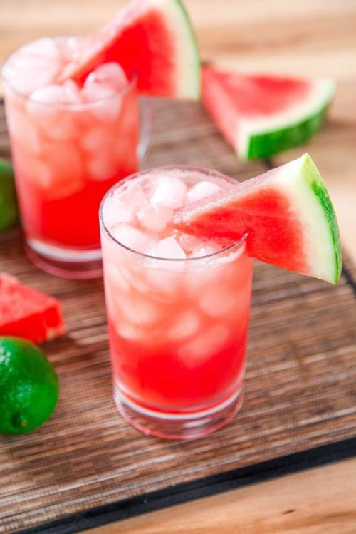 Sparkling Watermelon Cooler Gin Cocktail plus 40 more Gin Cocktail recipes you have to see!