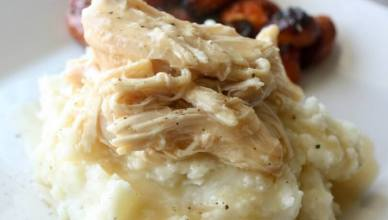 Crock Pot Chicken and Gravy