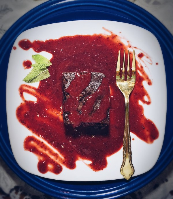 Stupid Easy Cran-Cherry Sauce #WHOLE30 #Paleo #Vegan #Raw Also pictured: DBW Paleo Brownie #Paleo #Vegan