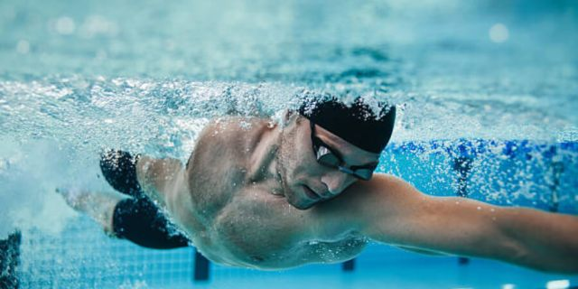 Swimming to lose belly fat