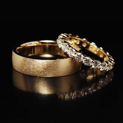 Best Women's Diamond Band Rings kwdiamonds