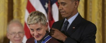 President Barack Obama presents the Presidential Medal of Freedom to comedian and talk show host Ellen DeGeneres during a ceremony in the White House East Room in Washington, November 22, 2016. REUTERS/Carlos Barria