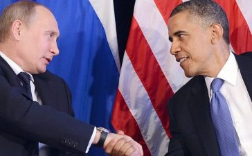 US President Barack Obama (R) shakes hands with Russian President Vladimir Putin (L) after a bilateral meeting in Los Cabos, Mexico. (Photo credit: JEWEL SAMAD/AFP/GettyImages)