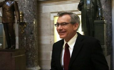 WASHINGTON, DC - OCTOBER 11: U.S. Rep. David Schweikert (R-AZ) talks to members of the media as he walks through the Statuary Hall at the Capitol October 11, 2013 on Capitol Hill in Washington, DC. On the 11th day of a U.S. government shutdown, President Barack Obama spoke with Speaker of the House John Boehner (R-OH) on the phone and they agreed that they should keep talking. (Photo by Alex Wong/Getty Images)