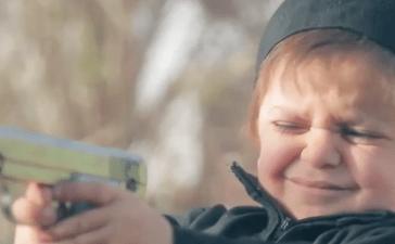 ISIS children (Screenshot/Islamic State Propaganda Video)