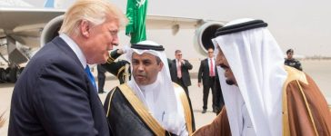 Saudi Arabia's King Salman bin Abdulaziz Al Saud shakes hands with U.S. President Donald Trump during a reception ceremony in Riyadh, Saudi Arabia, May 20, 2017.Bandar Algaloud/Courtesy of Saudi Royal Court/Handout via REUTERS