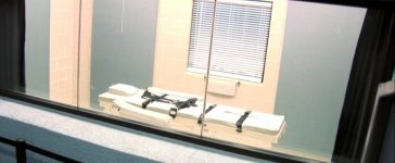 FILE PHOTO: The execution chamber at the Arizona State Prison Complex- Florence - HU9 is shown in the screen grab from a video provided by the Arizona Department of Corrections March 4, 2015. REUTERS/Arizona Department of Corrections/Handout/File Photo