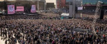 General view during the One Love Manchester benefit concert for the victims of the Manchester Arena terror attack at Emirates Old Trafford, Manchester, Britain, June 4, 2016. REUTERS/Danny Lawson for One Love Manchester/Pool - RTX38ZUH