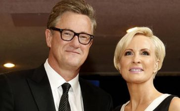 MSNBC's Joe Scarborough and Mika Brzezinski arrive for the annual White House Correspondents' Association dinner in Washington April 25, 2015. REUTERS/Jonathan Ernst