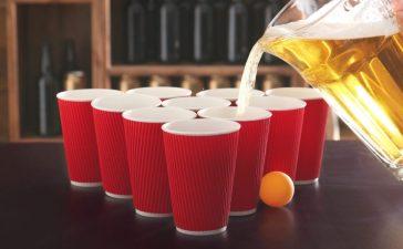 Beer pong (Photo: Shutterstock)