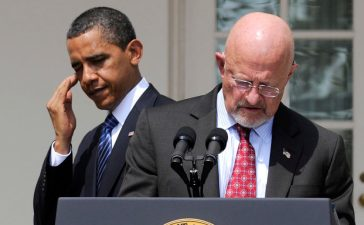 President Barack Obama nominated retired Air Force General James Clapper (R) as his Director of National Intelligence at the White House, June 5, 2010. REUTERS/Jonathan Ernst