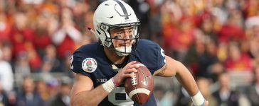 PASADENA, CA - JANUARY 02: Quarterback Trace McSorley #9 of the Penn State Nittany Lions looks to pass the ball against the USC Trojans during the 2017 Rose Bowl Game presented by Northwestern Mutual at the Rose Bowl on January 2, 2017 in Pasadena, California. (Photo by Stephen Dunn/Getty Images)