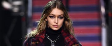 LONDON, ENGLAND - SEPTEMBER 19: Gigi Hadid walks the runway at the Tommy Hilfiger TOMMYNOW Fall 2017 Show during London Fashion Week September 2017 at the Roundhouse on September 19, 2017 in London, England. (Photo by Ian Gavan/Getty Images for Tommy Hilfiger)