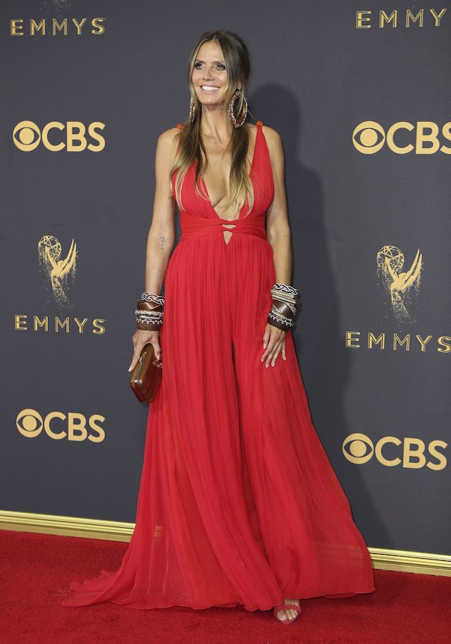 Heidi Klum arrives at the 69th Primetime Emmy Awards in Los Angeles, Sept. 17, 2017. REUTERS/Mike Blake
