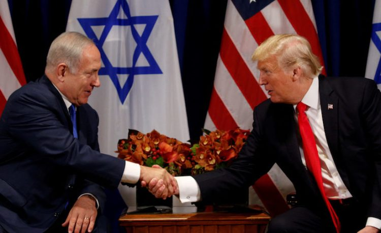 U.S. President Donald Trump meets with Israeli Prime Minister Benjamin Netanyahu in New York, U.S., September 18, 2017. REUTERS/Kevin Lamarque TPX IMAGES OF THE DAY - RC196274E800