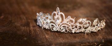 Shutterstock/ Wedding crown tiara diadem. Luxury accessories