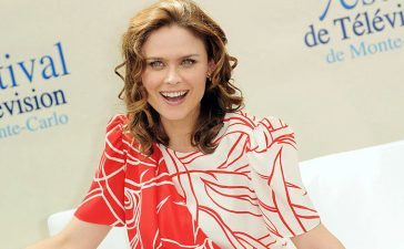"Emily Deschanel attending a photocall for the TV series ""Bones"" during the 2009 Monte Carlo Television Festival held at Grimaldi Forum in June 2009 in Monte-Carlo. (Photo by Pascal Le Segretain/Getty Images)"