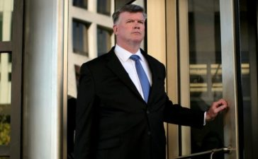 Kevin Downing, attorney for former Trump 2016 campaign chair Paul Manafort, departs after a status conference at U.S. District Court following Manafort's indictment on tax fraud and money laundering charges in the special counsel's investigation into alleged Russian meddling in the 2016 U.S. presidential election in Washington, U.S. November 2, 2017. REUTERS/James Lawler Duggan