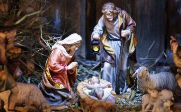 Nativity Scene (shutterstock/Alexander Hoffmann)
