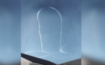 Video has emerged of U.S. Navy pilots drawing a penis in the sky with Airplane exhaust over the city of Okanogan, Washington, Friday with a Navy EA-18G Growler jet. (Photo: Screenshot/Video)