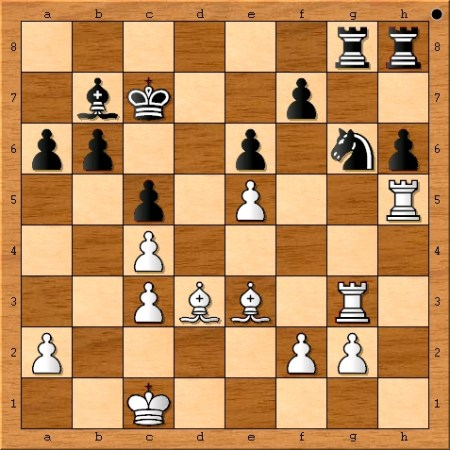 The position after Magnus Carlsen plays 21. Rh5.