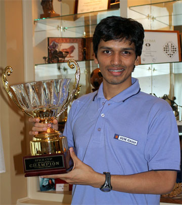 Harikrishna after winning the 2008 Spice Cup.