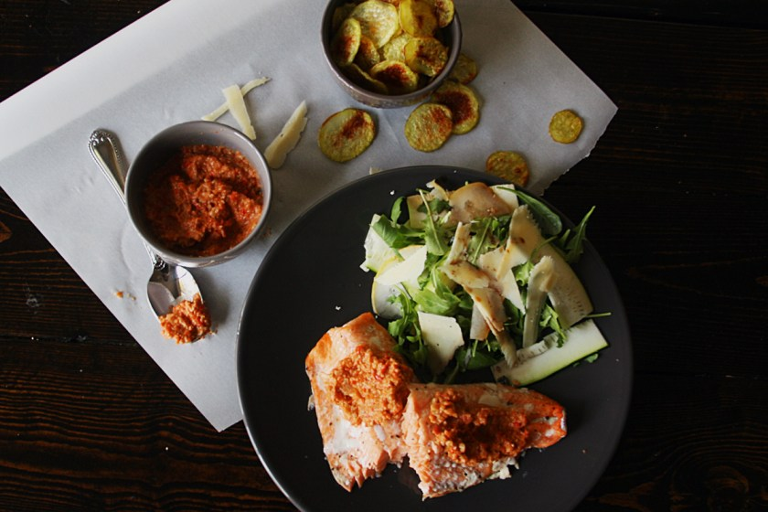 salmon-romesco-salad-chips