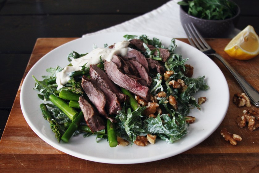 steak-salad-peppercorn-yogurt-dressing-5