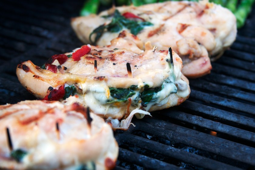 spinach-mushroom-bell-pepper-stuffed-chicken-breast-2