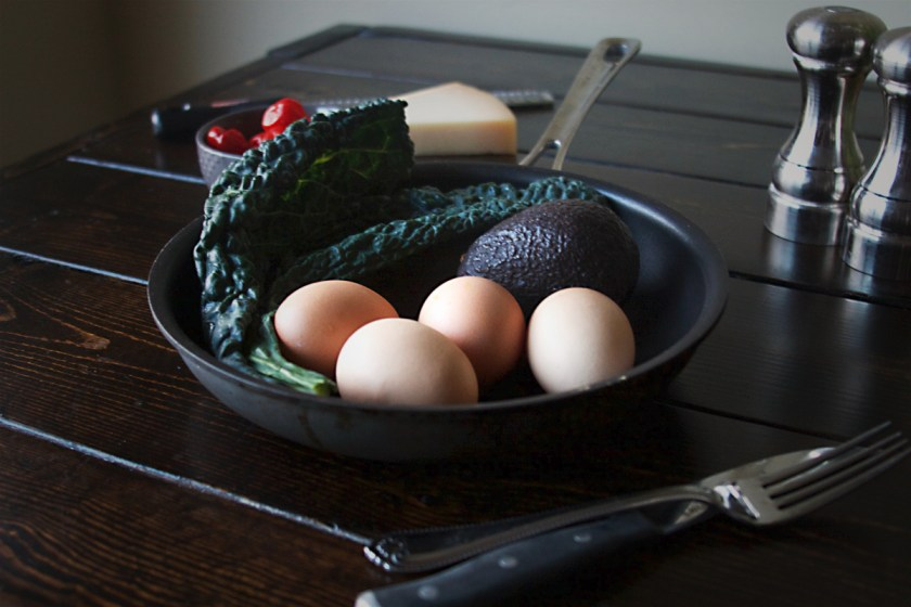 kale-peppadew-avocado-omelette-5