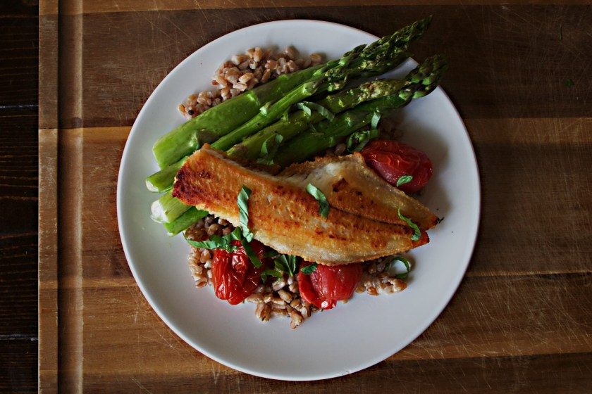 pan-fried-walleye-farro-tomatoes-3