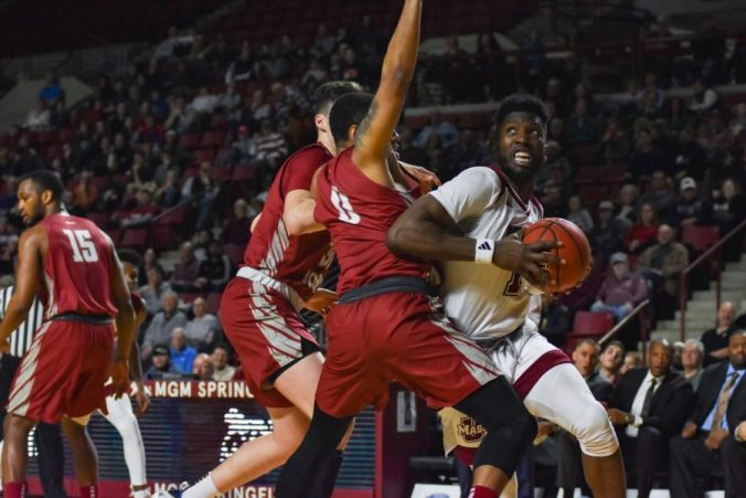 UMass Minutemen vs Duquesne Dukes College Basketball 2019 এর ছবির ফলাফল